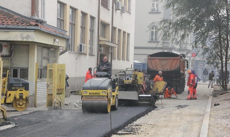 18-2-asfaltiranje kod glavne poste