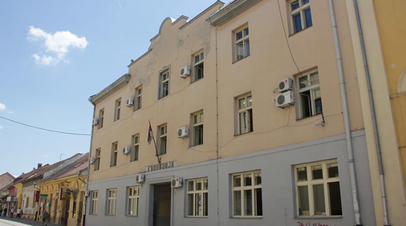 gimnazija zgrada