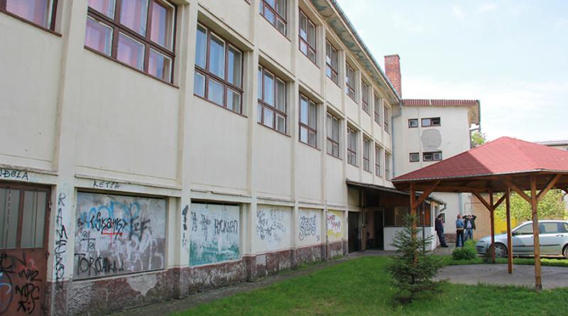 18-1-uredjenje dvorista skole