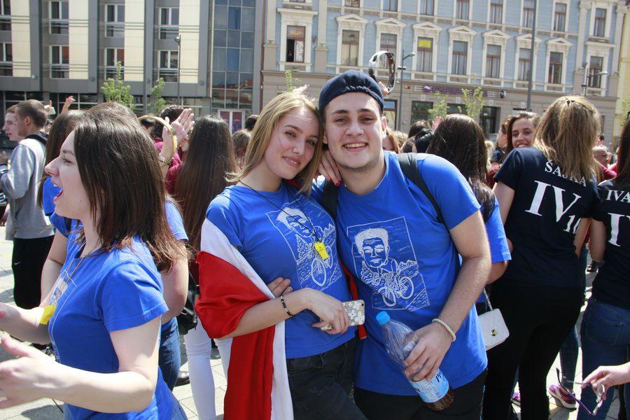 MATURANTI FOTO JOVAN NJEGOVIC DRNDAK 005_resize