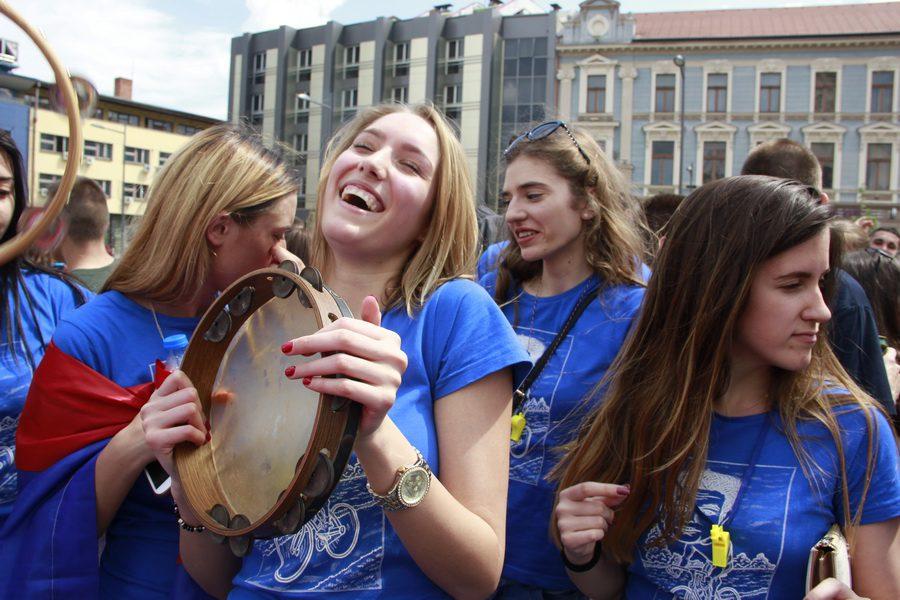 MATURANTI FOTO JOVAN NJEGOVIC DRNDAK 034_resize