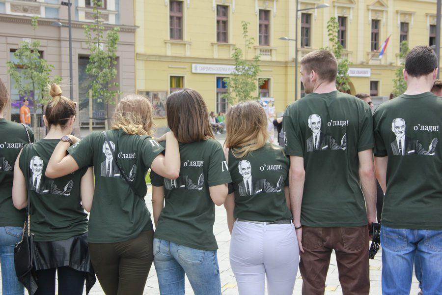 MATURANTI FOTO JOVAN NJEGOVIC DRNDAK 042_resize