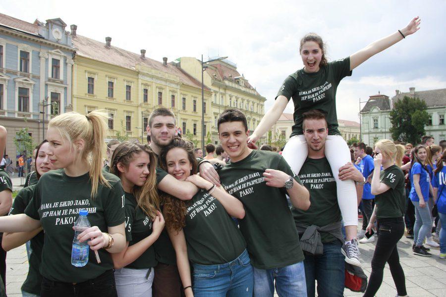 MATURANTI FOTO JOVAN NJEGOVIC DRNDAK 044_resize