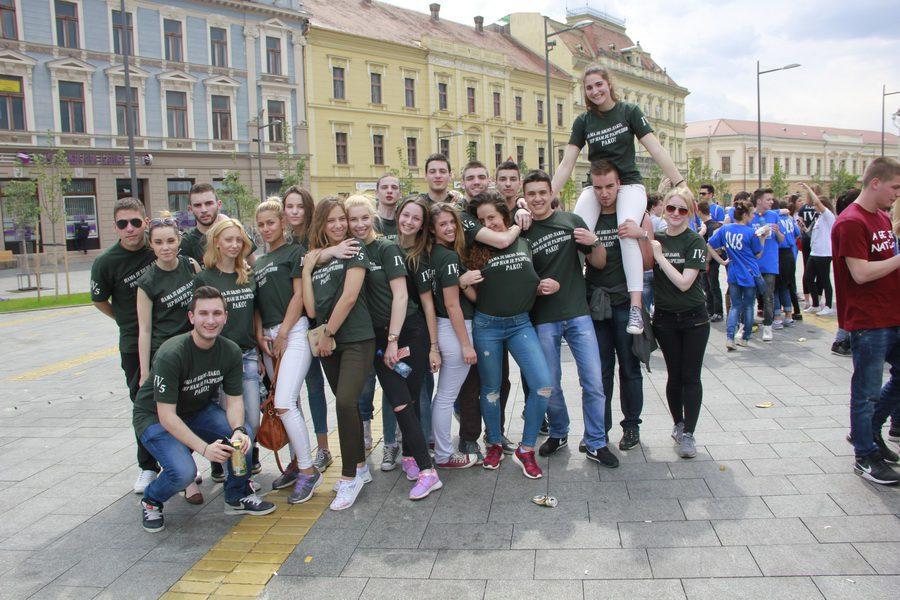 MATURANTI FOTO JOVAN NJEGOVIC DRNDAK 045_resize