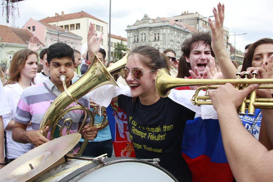 MATURANTI FOTO JOVAN NJEGOVIC DRNDAK 049_resize
