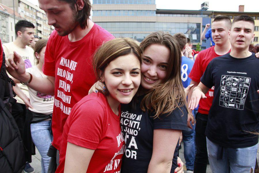 MATURANTI FOTO JOVAN NJEGOVIC DRNDAK 050_resize