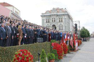 NJEGOVIC  SRBIJE VOJSKA PARADA 0006
