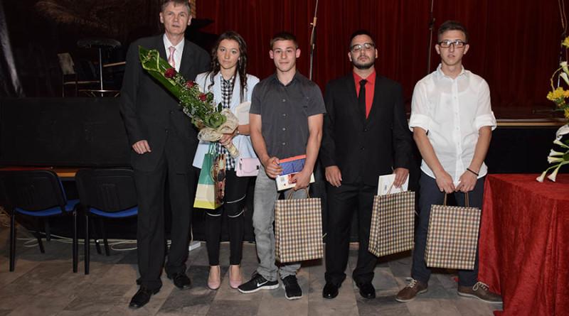 1-nagradjeni ucenici