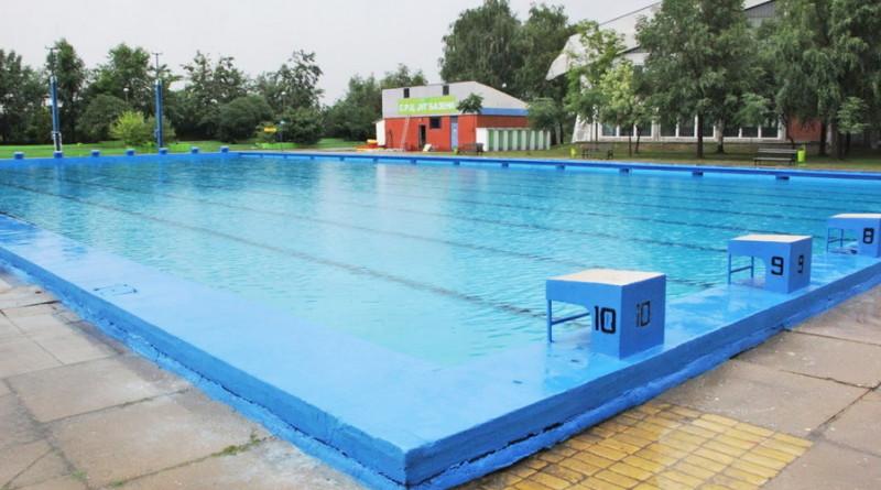 """OSVEŽENJE UZ LIST """"ZRENJANIN"""": Besplatno brčkanje u bazenu"""