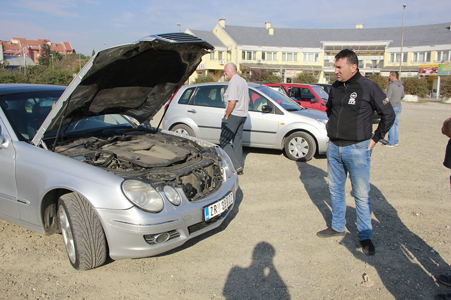 xx-reportaze-1-a-auto-pijaca-mercedes-280-spreman-za-probnu-voznju