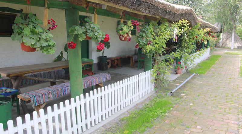 11-2-a-veranda-salasa-lujza