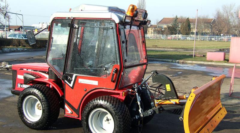 18-1-zimska-sl-traktor