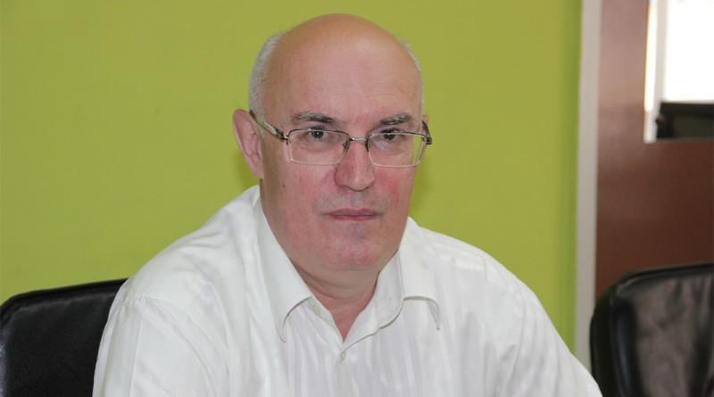 2-1-radakovic-direktor-gimnazije-2