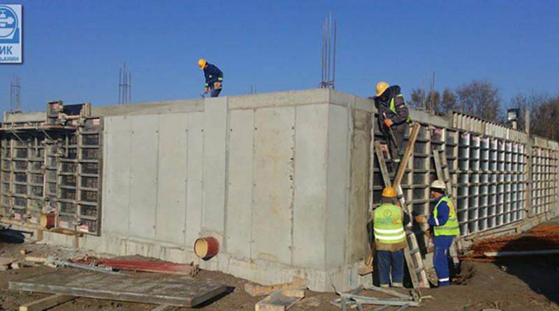 2-betoniranje-zidova-bazena-za-prijem-sirove-vode
