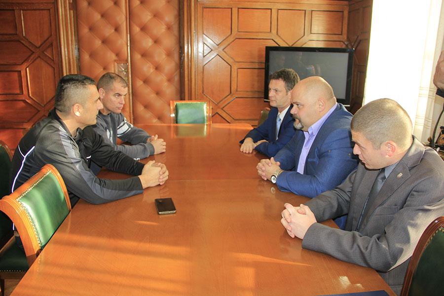 komandant-novosadskog-odreda-zandarmerije-posetio-gradonacelnika