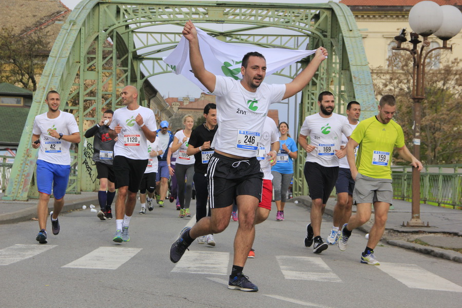 maratonci-0001_r