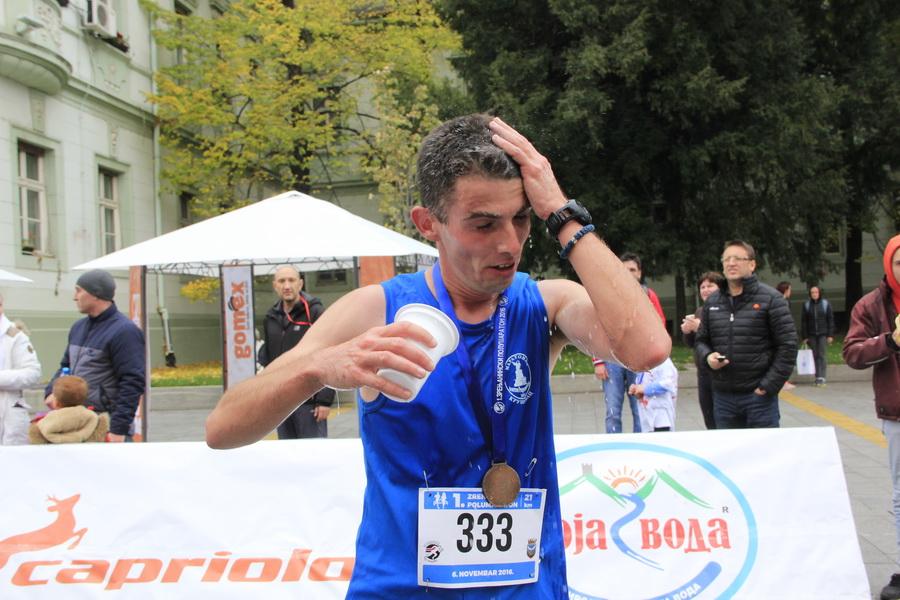 maratonci-0006_r
