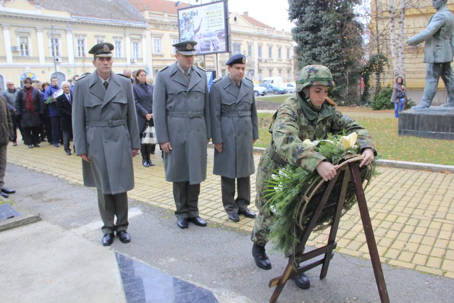 vojska-_0002_r
