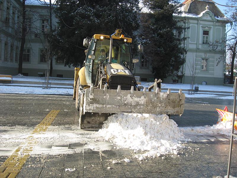 ciscenje snega
