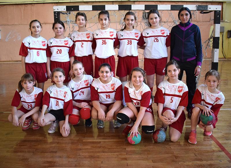 DSC_0219 Devojčice Proletera bronzane mini rukomet