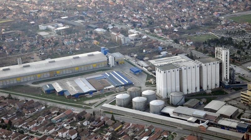 2012-03-24 avion uljara dijamant silosi skladiste