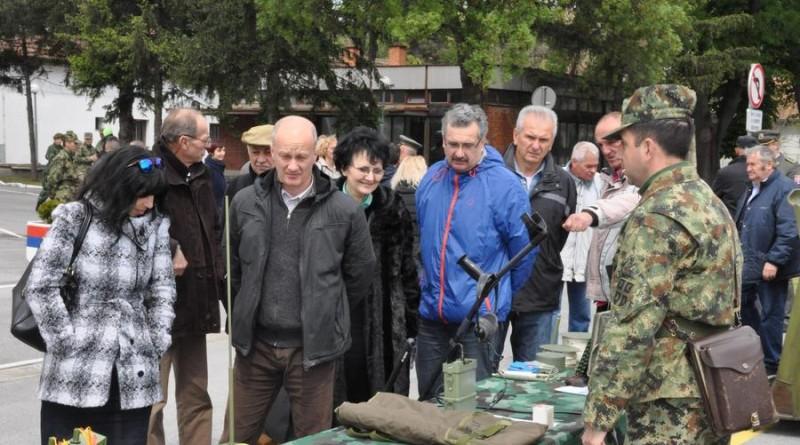 20170421 kasarna dan vojske srbije (4)