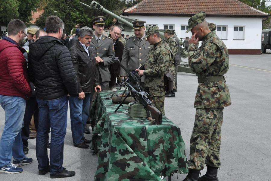 20170421 kasarna dan vojske srbije (5)
