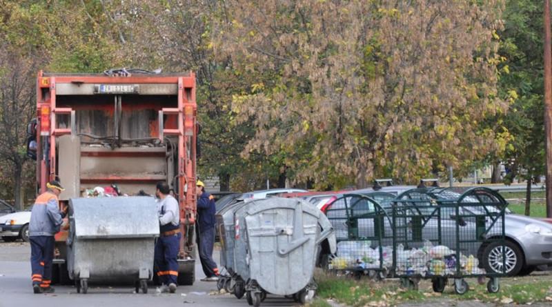 4-cistoca-kontejner radnici kamion smecari
