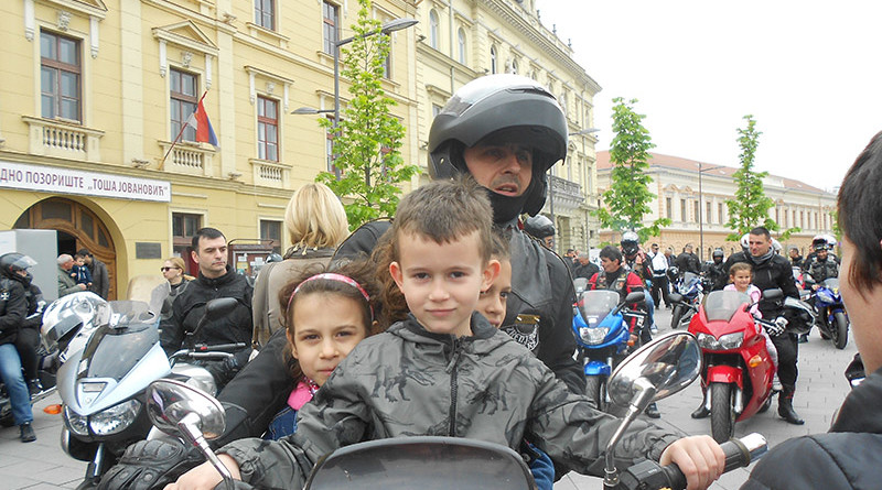 6-1b-uskrsnii festival moto zeke