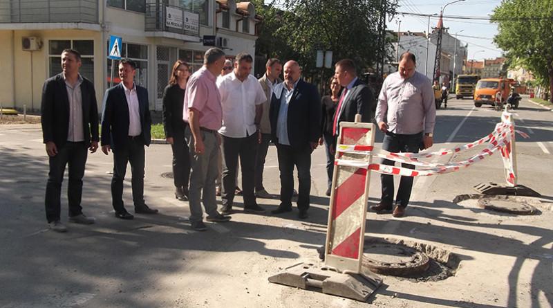 1 - Gradonačelnik u poseti radovima u ulici Cara Dušana