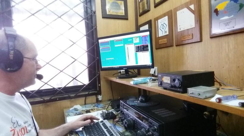 radio amateri