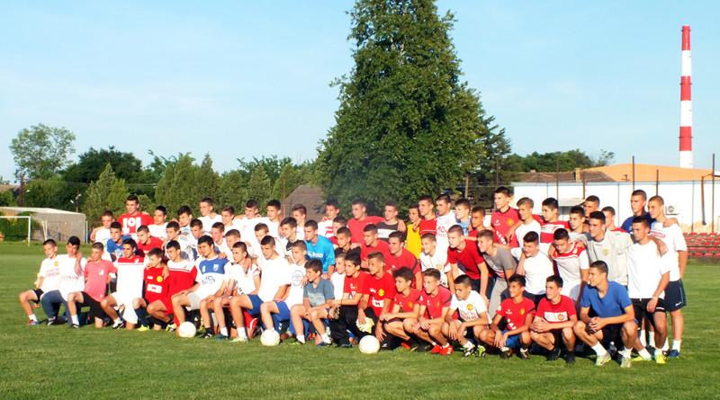 03 zd 20170623 fudbal MN mladi fudbaleri zajedno