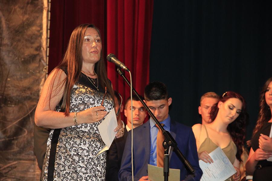 1 Direktorka Skole dr Marija Servo