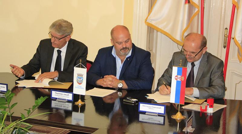 Italijanska firma u Minelu gradonačelnik sa domacim potisnicima