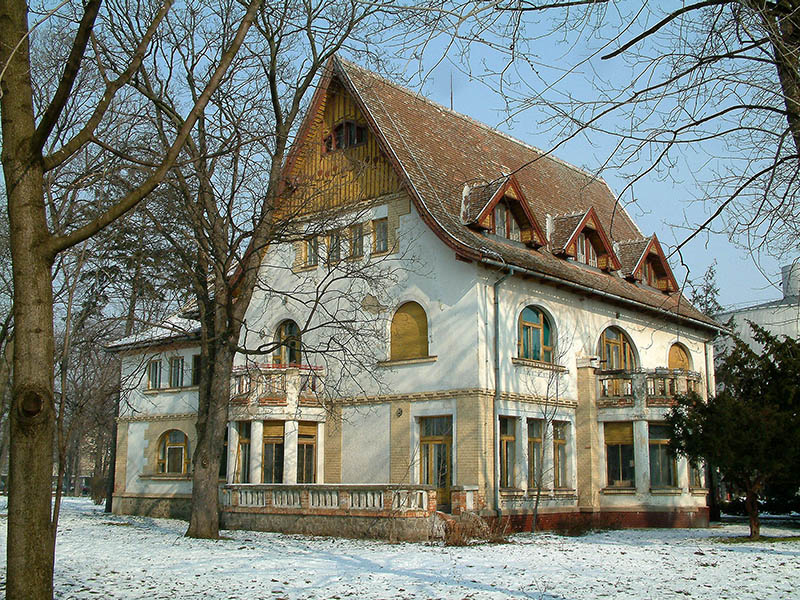 4 Elekova vila