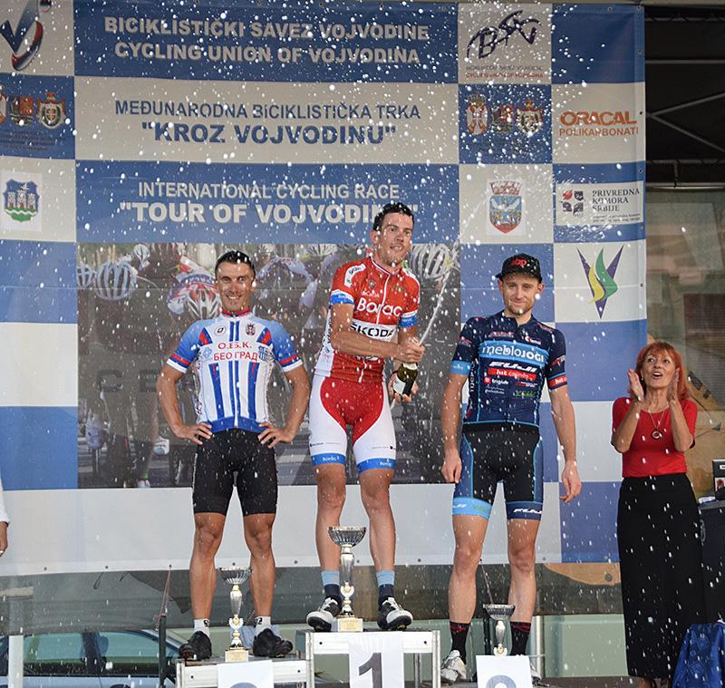 DSC_2489 Šampanjac za pobednike 2 etape