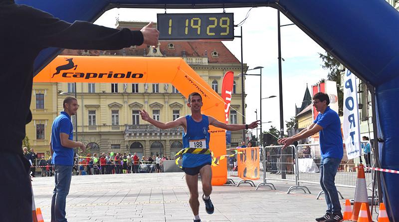 46 - 1 A Pobednik u polu maratonu