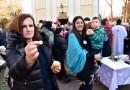U PORTI USPENSKOG HRAMA LOMLJENA ČESNICA: Mirjana Kesić odlomila dukat