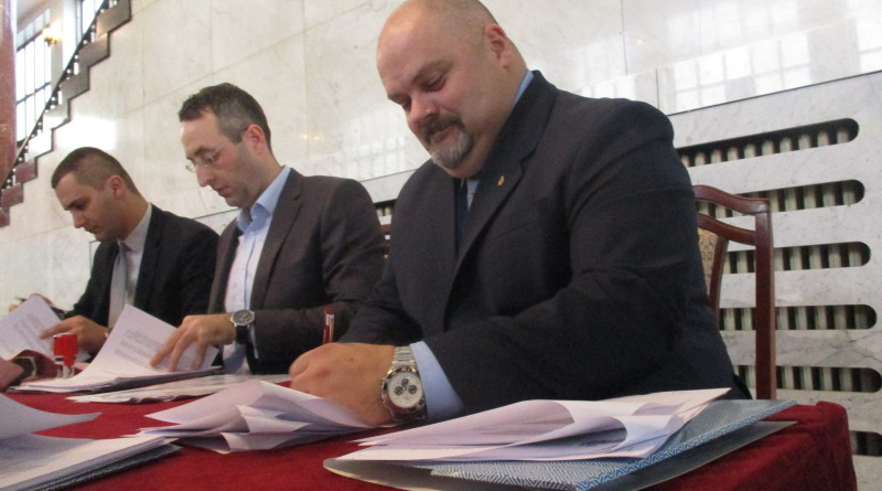 Potpisivanje 4