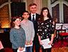 2а Svetosavski hamanitarni bal Nagradjeni ucenisci sa Vidakovicem