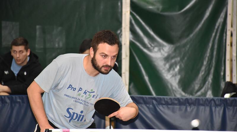 44 - 1 Stoni tenis Marko Petkov