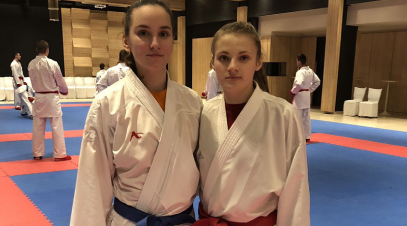 44 - 4 A Karate Aleksandra i Anja