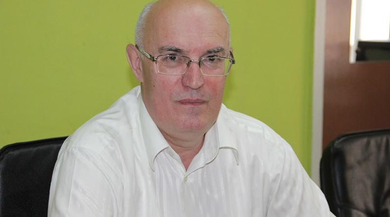 8-1-kojabolja-milan radakovic direktor gimnazije
