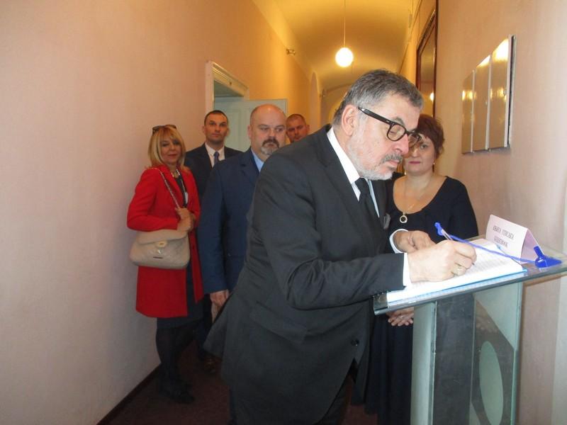 Ambasador Micunovic 5