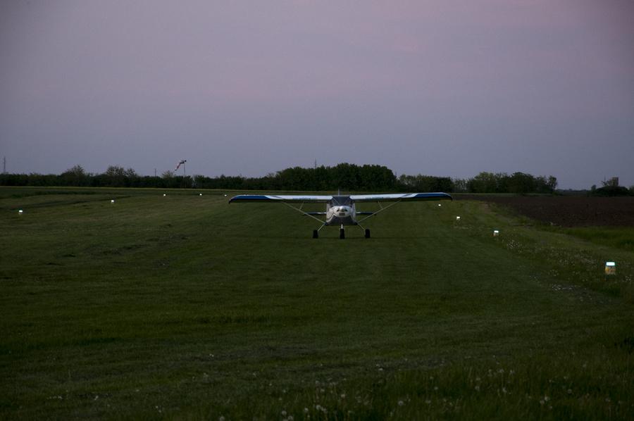 20180427 aerodrom ecka noc254