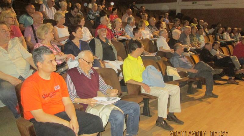 Publika na tribini Zr soc foruma