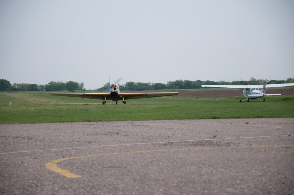 ecka aerodrom avion) (5)