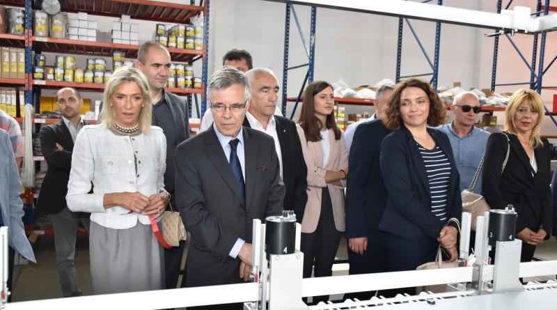 Belgiski ambasador u posefti fabrici T4B .JPF6