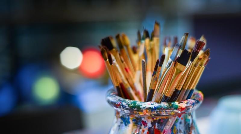 brushes-3129361_960_720