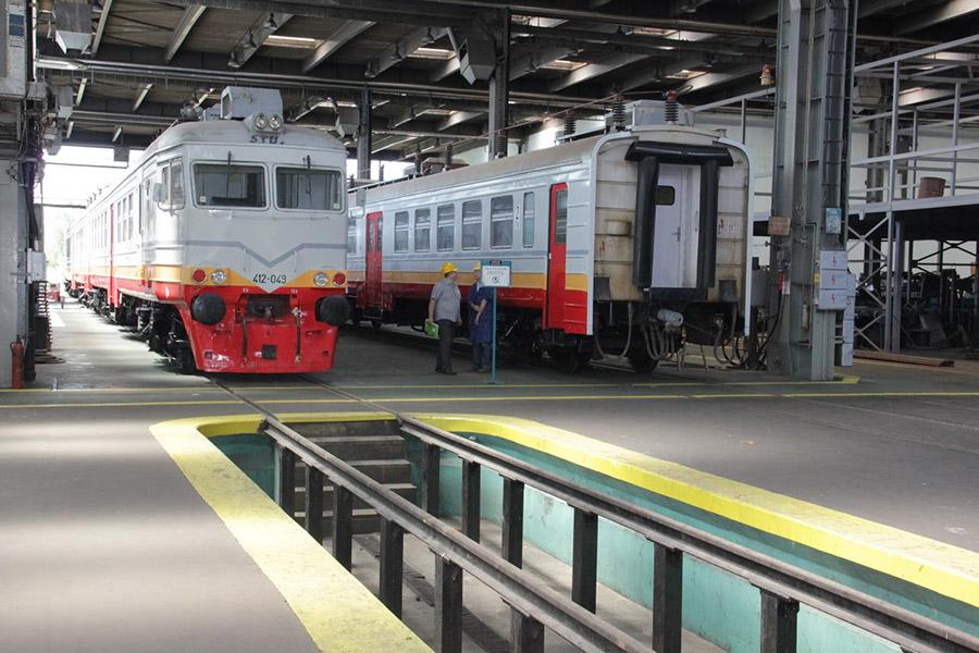 02 20130723 sinvoz vagoni stari popravljeni (7)